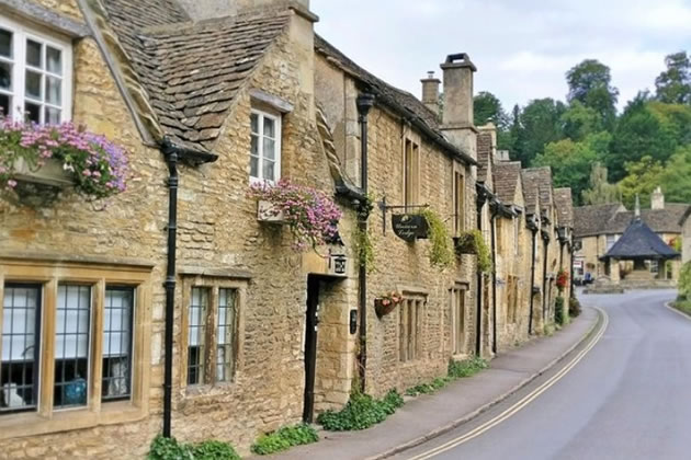 A quiet street in the town of Cotswald, England.