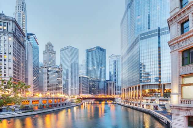 Tall buildings in Chicago along the river.