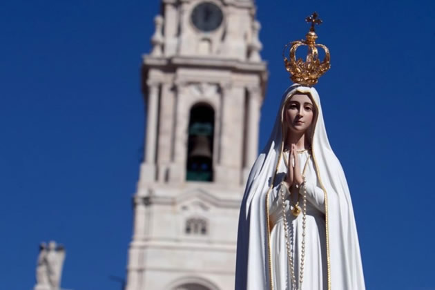 A statue of the virgin Mary in Lisbon, Portugal.