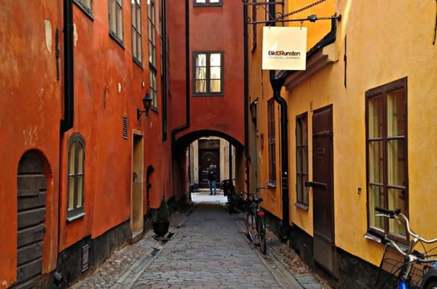 A colorful passageway in Old Town Sweden.